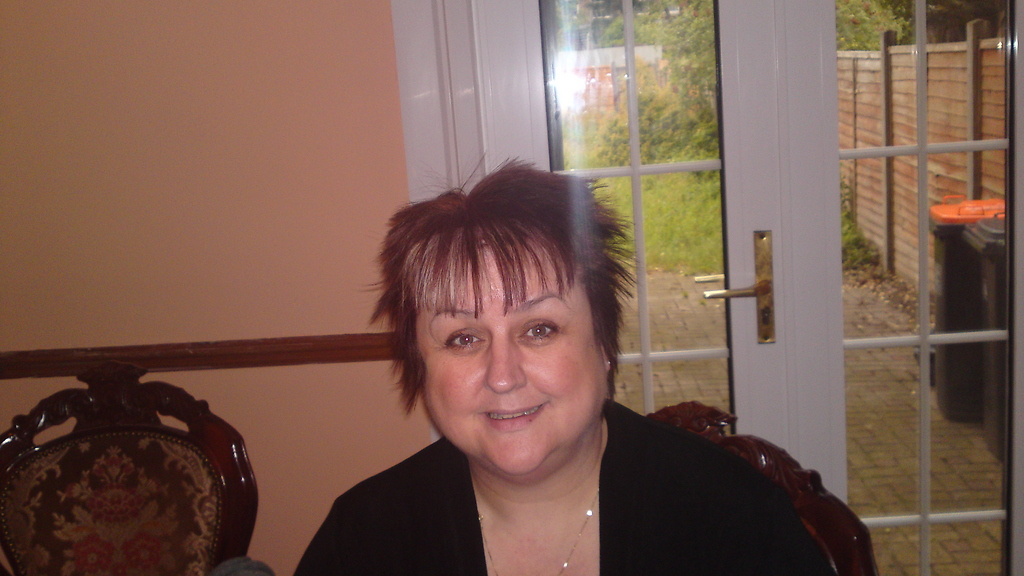 meet dunstable singles Free online dating for dunstable singles, dunstable adult dating - page 1.